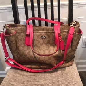 COACH BABY BAG ALMOST NEW CONDITION